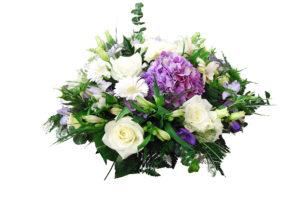 Ziedu Pušķi un kompozīcijas