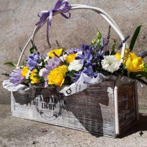 Ziedu pušķi un ziedu kompozīcijas